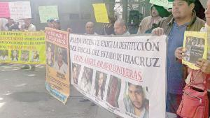 Protestan por 5 desaparecidos