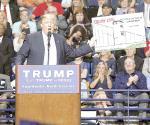 Trump amaga a México con guerra; SRE descarta responder