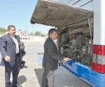 Checan las condiciones mecánicas de autobuses