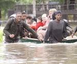 Suman 8 muertos en Texas por las lluvias