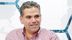 Educación, seguridad y desarrollo son prioridad de Carlos Solís Gómez