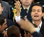 Quiere Peña Nieto que adopten niños los homosexuales