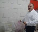Acude Alfonso de León a la casilla 0959 para emitir su voto