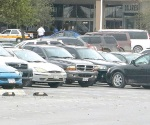 Sin descanso actúan 'ladrones de carros'