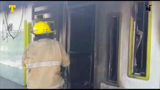 Un incendio acabó con dirección de la escuela Felipe Carrillo Puerto