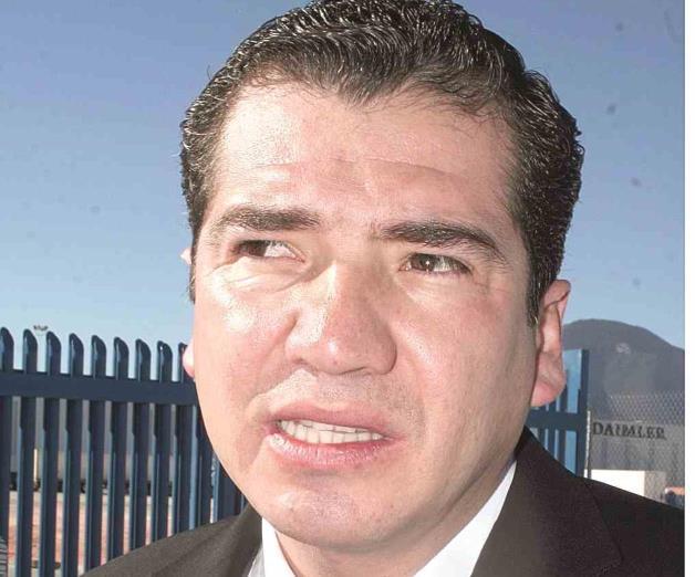 Rematan en Texas bienes de extesorero de Moreira