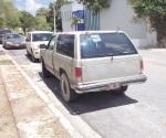 Aseguran dos vehículos sospechosos abandonados