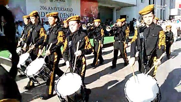 Desfile conmemorativo del Día de Independencia de México