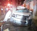 Mueren 5 jóvenes en choque; dos heridos