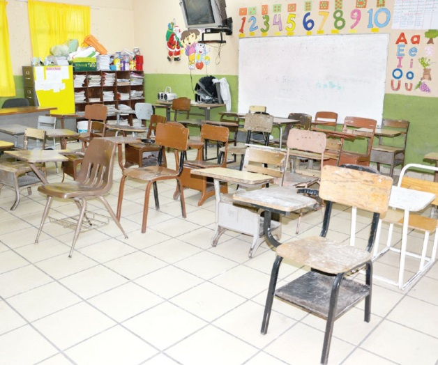 Advierten sanciones si no reanudan clases - La Tarde