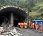 Explosión en mina de China; 33 trabajadores atrapados