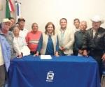 Apoya diputada Juanita Sánchez a los abuelitos