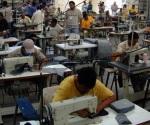 Acuerdan subir salario mínimo a 80.04 pesos
