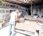 Sin reponerse los microindustriales por crisis económica
