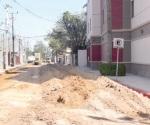 Arreglan la calle Terán