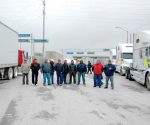 Protestan camioneros