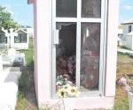 Robos y daños en cementerios