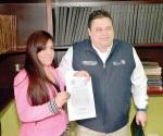 Asume Dulce  Rocha en el Registro Civil