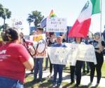 Manifiestan rechazo al muro y deportaciones