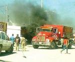 Salvan vivienda del fuego pero no camioneta