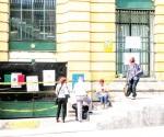 Bloquean acceso a oficinas del SAT