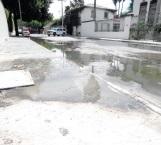 Surge fuga de aguas negras en la Del Prado