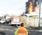 Se incendia mercado de abastos en Michoacán