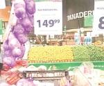 Se quejan comerciantes por precios del ajo y aguacate
