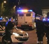 Muere policía y otro es herido en tiroteo en París