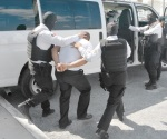 Detienen a tránsito por violación