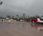 Azotan tres tornados en Texas