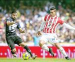 Contra Chivas siempre será especial: Xavi Báez