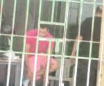 A prisión por agredir a agentes de vialidad