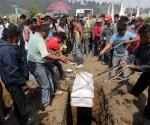 Dan último adiós a víctimas de explosión en Chilchotla