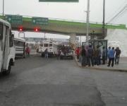 Piden taxistas cesen operativos