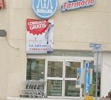 Asaltan amenazando a empleados de Farmacia Guadalajara