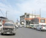 Aseguran más taxis irregulares en el centro