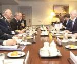 Van Sedena y Semar a cumbre en Pentágono
