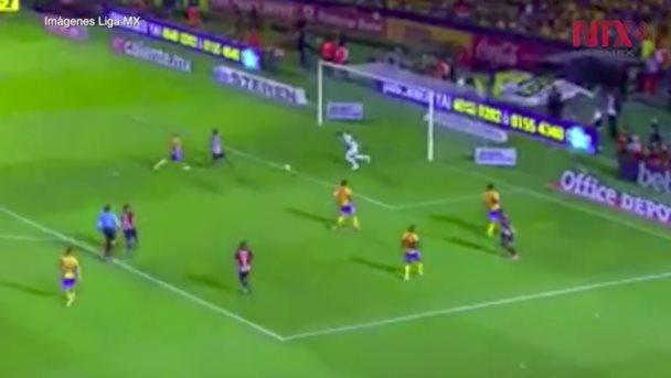 Tigres logra empate de 2-2 ante Guadalajara en duelo de ida de la final de Liga MX