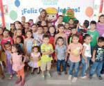Regala gobierno de Reynosa festejo a niños nacidos en mayo