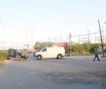 Bloquean carretera a Río Bravo