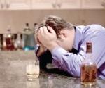 Ayudan a personas con alcoholismo
