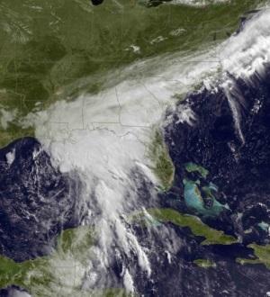 Amaga Cindy 2 estados. Enfila tormenta hacia costas de Texas y Luisiana