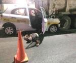Mueren dos de taxi por jugar carreras