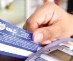 Reportan tarjetahabientes robo en cuentas bancarias