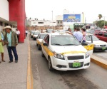 Aumenta 20% pasaje de taxi por vacaciones