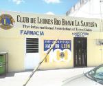 Brindan Club de Leones consulta médica gratuita