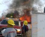 Arde residencia en Villa del Mar, en Miguel Alemán