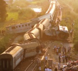 Chocan trenes en Egipto: 43 muertos