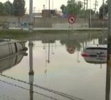 Se desborda Gran Canal en Ecatepec